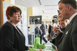 bbw Wirtschaftstag 2016 - bbw Vorstandsvorsitzender Stefan Schönholz beim Rundgang