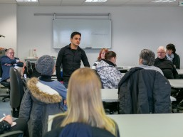 Vorstellung neuer REWE-Mitarbeiter bei REWE-bbw-TQ-Auftaktveranstaltung in Berlin-Marzahn