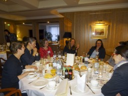 Gespräche beim bbw Personalerfrühstück