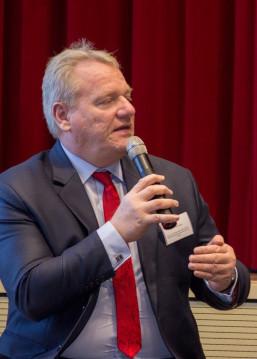 Bernd Becking, Vors. der GF der Regionaldirektion Berlin-Brandenburg der Bundesagentur für Arbeit bei der Auftaktveranstaltung der KAUSA Servicestelle Brandendurg in Cottbus