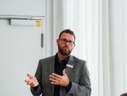 Patrick Krüger, Leiter des Arbeitgeberservice der Agentur für Arbeit Berlin Süd beim Infotag zur Fachkraft Optik