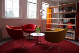Sitzecke in unserer neuen Schulbibliothek